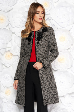 Trench LaDonna gri elegant cu un croi cambrat din lana captusit pe interior cu broderie aplicata manual