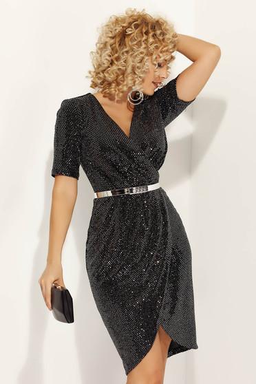 Rochie Fofy neagra de ocazie petrecuta din material lucios cu accesoriu tip curea