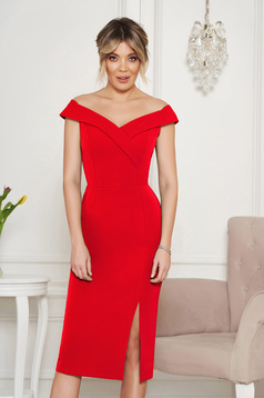 StarShinerS red occasional dress with tented cut with v-neckline on the shoulders