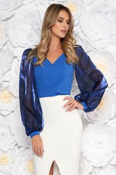 Bluza dama StarShinerS albastra de ocazie cu un croi mulat cu decolteu in v maneci transparente