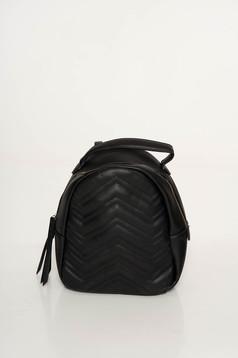 Rucsac negru casual din piele ecologica cu ciucuri
