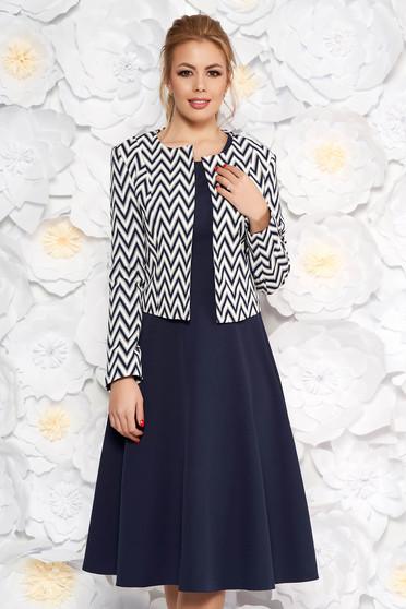 Compleu albastru-inchis office cu rochie in clos din material usor elastic si sacou cu imprimeu geometric