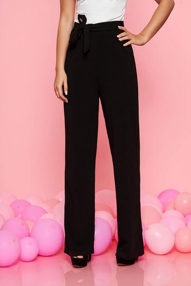 Pantaloni Top Secret negri eleganti cu talie inalta cu un croi evazat accesorizati cu cordon