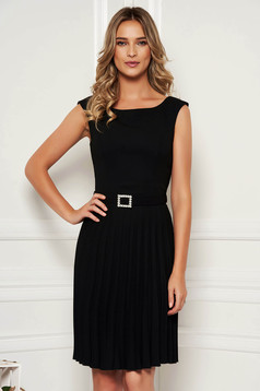 StarShinerS black elegant sleeveless folded up dress accessorized with tied waistband with embellished accessories