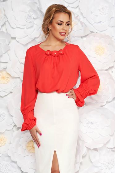 Bluza dama LaDonna corai office cu croi larg din voal captusita pe interior cu aplicatii florale
