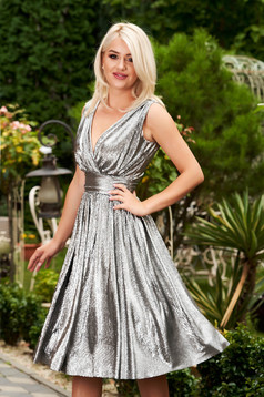 StarShinerS silver dress with v-neckline flaring cut occasional sleeveless midi