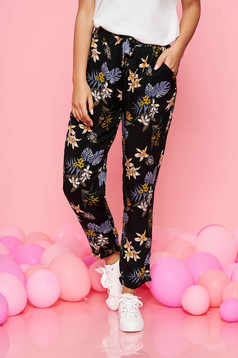 Top Secret black casual high waisted trousers thin fabric with floral prints