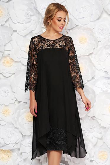 Rochie neagra de ocazie cu un croi drept cu maneci din dantela din stofa usor elastica din voal