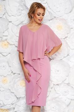 Rochie roz prafuit midi de ocazie fara maneci cu un croi cambrat din stofa subtire usor elastica suprapunere cu voal