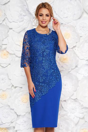 Rochie albastra midi de ocazie cu maneca 3/4 si croi mulat din stofa usor elastica suprapunere cu dantela