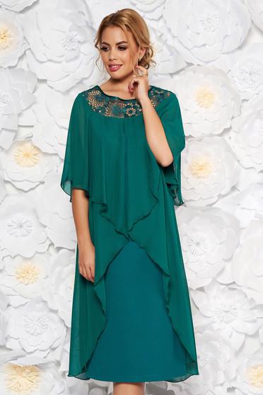 Rochie verde de ocazie cu un croi drept din stofa usor elastica suprapunere cu voal