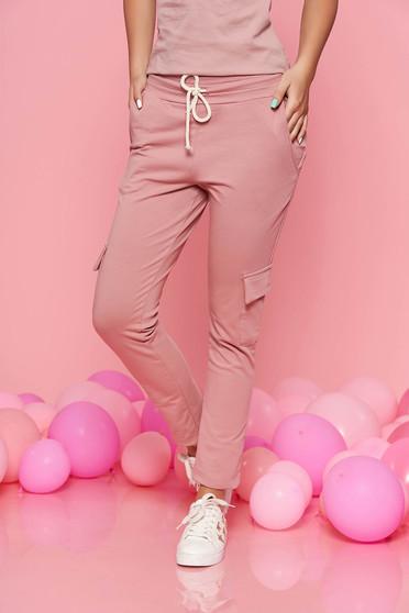 Pantaloni SunShine rosa casual cu elastic in talie cu buzunare din bumbac usor elastic