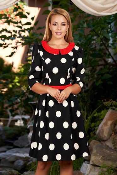 Rochie LaDonna neagra eleganta de zi in clos din stofa subtire usor elastica cu buline cu guler rotunjit