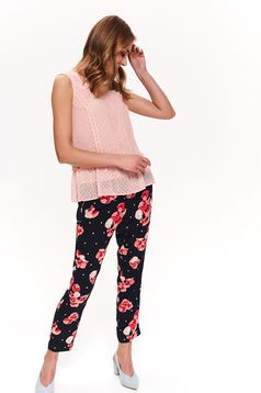 Bluza dama rosa Top Secret eleganta cu croi larg din material usor transparent cu peplum
