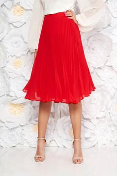 Fusta StarShinerS rosie eleganta plisata in clos din voal cu talie inalta