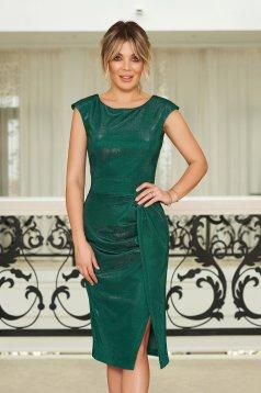 Rochie StarShinerS verde de ocazie cu un croi mulat material stralucitor captusita pe interior