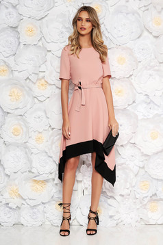 Lightpink asymmetrical cloche dress short sleeve with elastic waist accessorized with tied waistband