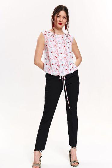 Bluza dama Top Secret alba casual cu croi larg din material vaporos cu imprimeuri florale cu snur in talie