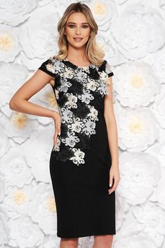 Rochie neagra eleganta midi cu un croi drept cu maneci scurte suprapunere cu dantela