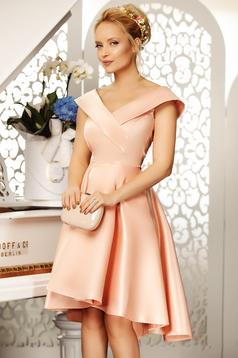 Rochie Fofy rosa de ocazie asimetrica in clos cu umeri goi din material satinat