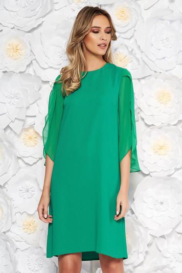 Rochie verde eleganta cu croi larg cu maneca 3/4 maneci transparente