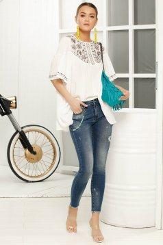 Bluza dama alba cu croi larg cu maneca 3/4 din material vaporos