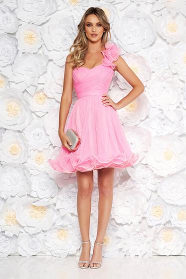 Rochie Ana Radu de ocazie roz tip corset in clos din tul cu bust buretat accesorizata cu cordon