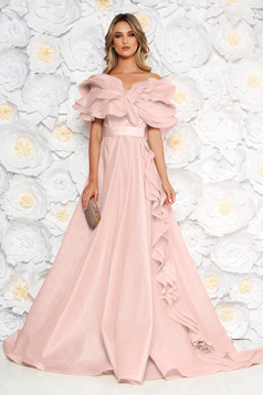 Ana Radu lightpink occasional cloche dress with ruffle details accessorized with tied waistband