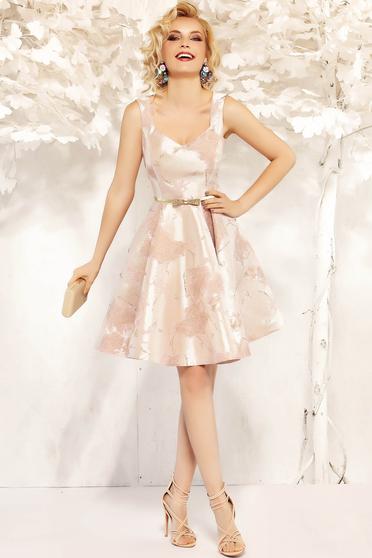 Rochie Fofy roz prafuit de ocazie in clos fara maneci din material satinat