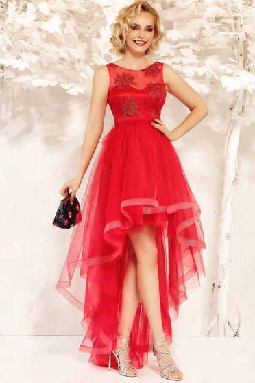 Rochie Fofy rosie de ocazie asimetrica in clos accesorizata cu cordon