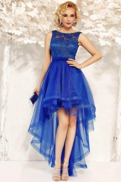 Rochie Fofy albastra de ocazie asimetrica in clos accesorizata cu cordon