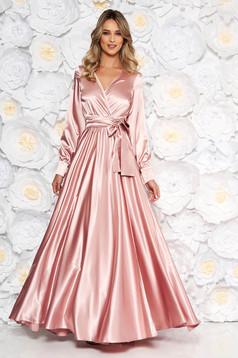 Rochie LaDonna roz prafuit de ocazie lunga in clos cu elastic in talie din material satinat