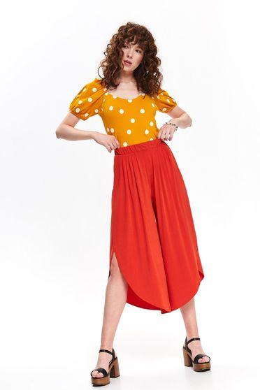 Pantaloni Top Secret portocalii casual cu talie inalta decupati pe picior