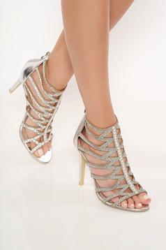Sandale argintii cu aplicatii cu pietre strass