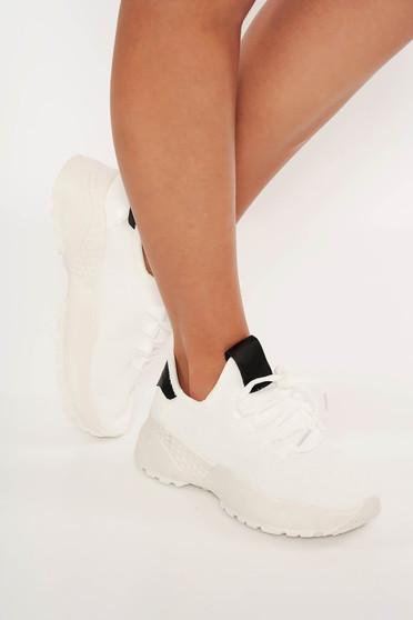Pantofi sport alb casual cu siret si talpa din cauciuc