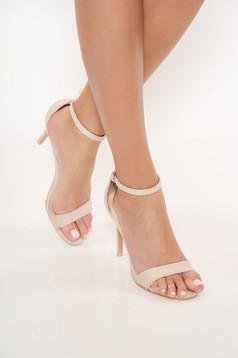 Sandalenude