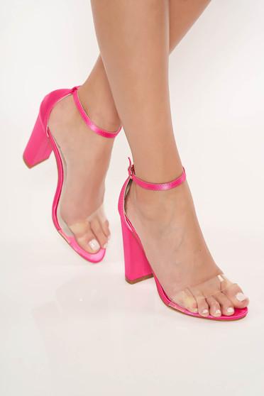 Sandale fuchsia elegante din piele ecologica cu barete subtiri cu toc gros