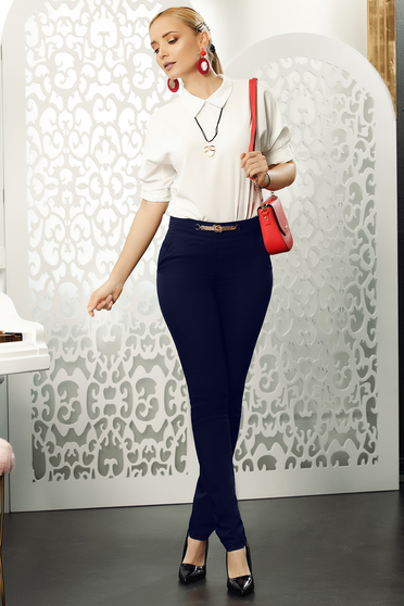 Pantaloni Fofy albastri-inchis office conici din bumbac usor elastic cu accesoriu metalic