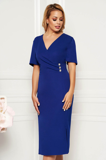 Rochie albastra eleganta de zi midi cu un croi cambrat cu decolteu din material fin la atingere