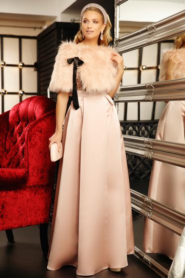 Rochie Fofy roz prafuit de ocazie in clos cu decolteu in v din material satinat cu aplicatii cu paiete