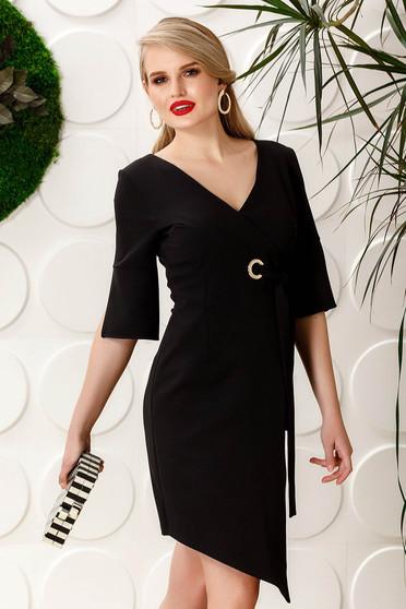 Rochie PrettyGirl neagra eleganta asimetrica cu maneca 3/4 cu decolteu in v