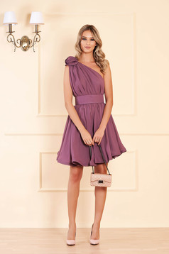 Ana Radu luxurious purple dress from veil fabric with inside lining cloche accessorized with tied waistband