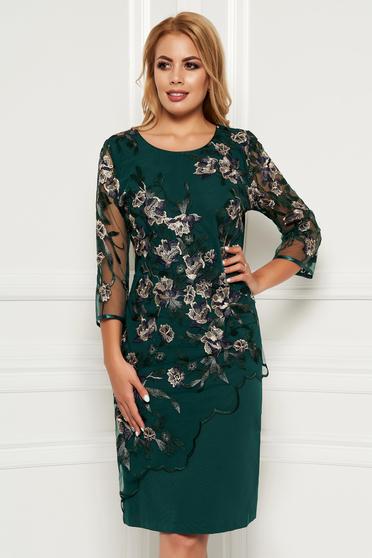 Rochie verde eleganta midi cu un croi cambrat din stofa cu suprapunere cu dantela