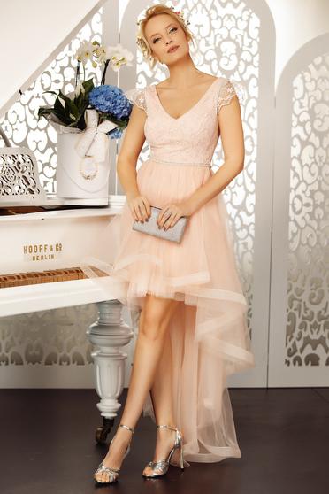 Rochie Fofy roz deschis de ocazie in clos cu decolteu din tul