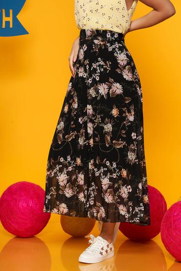 Fusta SunShine neagra din voal in clos cu talie medie si imprimeu floral