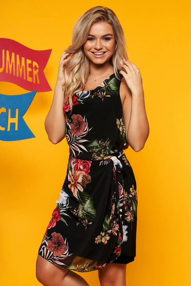 Rochie SunShine neagra eleganta de zi din voal accesorizata cu cordon cu imprimeu floral