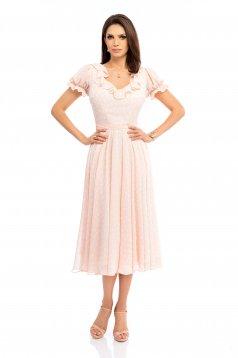 Rochie piersica eleganta midi in clos cu decolteu rotunjit