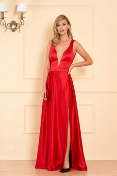 Red dress cloche cut material with v-neckline from satin occasional