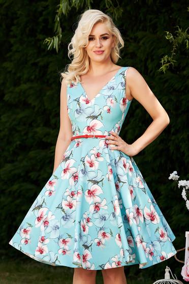 Rochie StarShinerS albastra-deschis de ocazie eleganta in clos cu imprimeu floral cu decolteu adanc