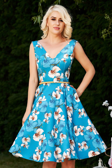 Rochie StarShinerS albastra de ocazie eleganta in clos cu imprimeu floral si decolteu adanc